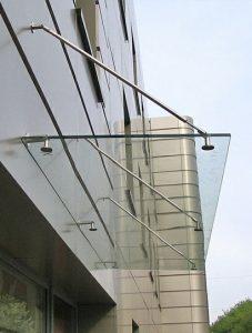 фото работ - навесы из нержавейки и стекла кременчуг полтава изготовление